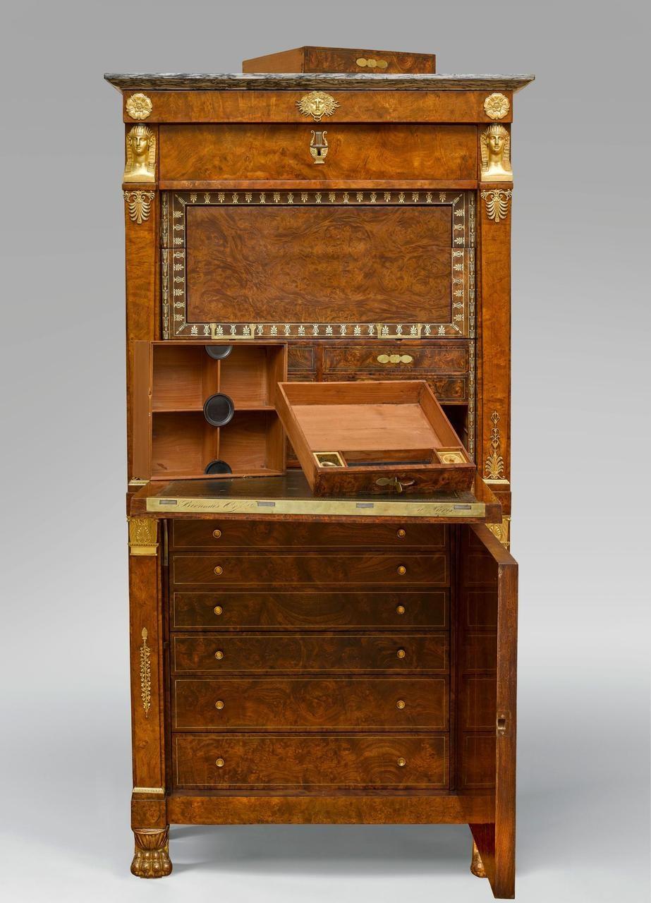 Secrétaire à abattant de Biennais.Musée national du château de Malmaison.