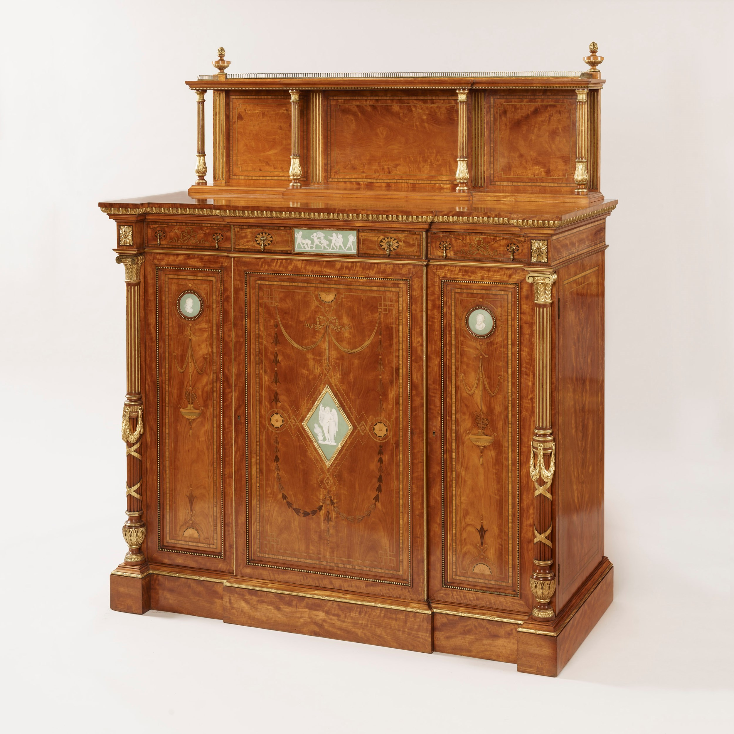 Butchoff 9046 Wright & Mansfield cabinet with wedgwood plaques